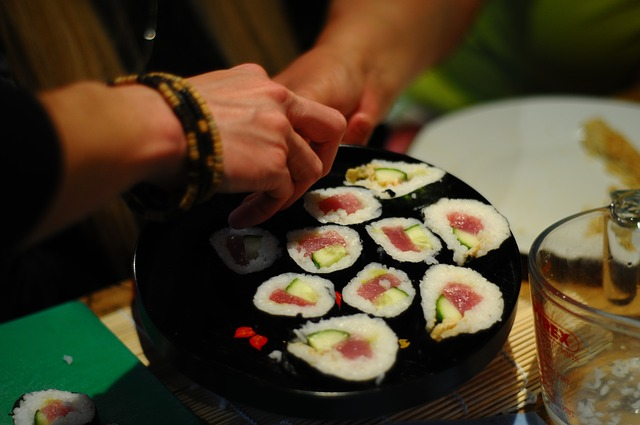 dinner-table-sushi